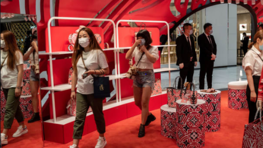China's retail sales rise for the first time in 2020