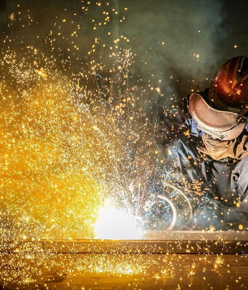 Produção industrial da China cresceu 5,3% em agosto