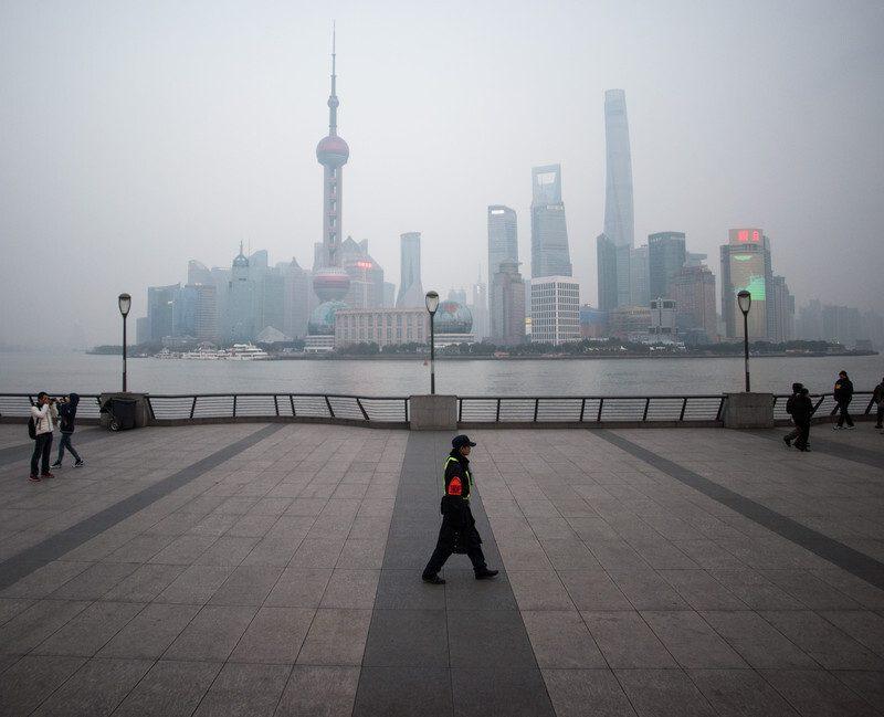 Um Lehman Brothers à chinesa? Ações da Evergrande caem para o valor mais baixo em onze anos