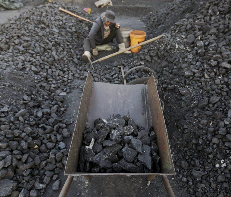 China, o maior emissor do mundo, vai aumentar produção de carvão em 6%